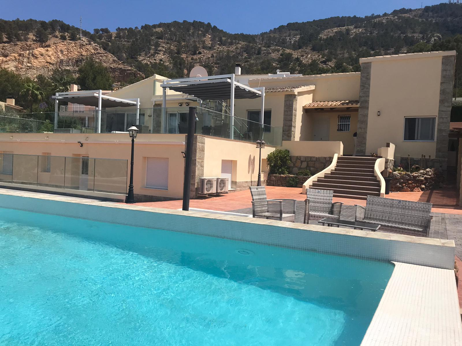 Beautiful luxury house in Albir