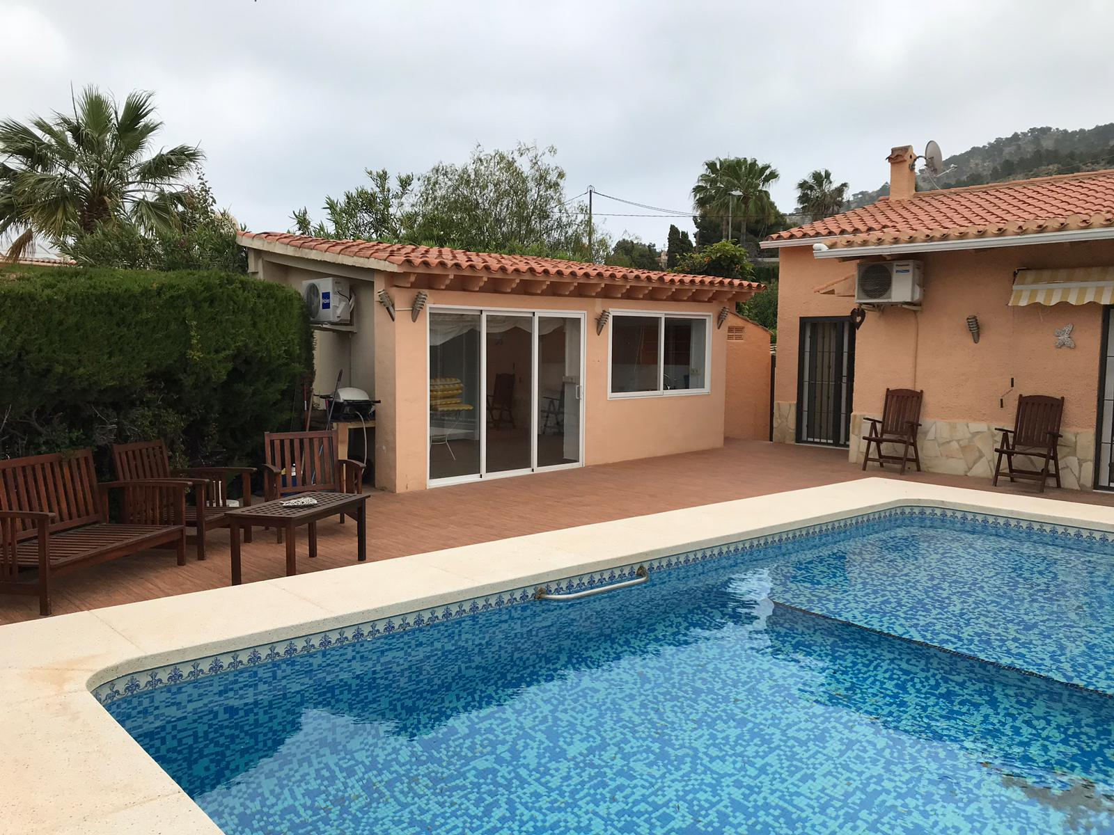 Villa with independent guest house